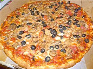 Pizza at Geraci's